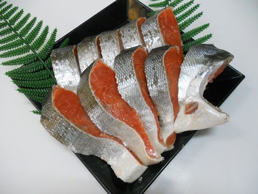 B212 最高級 天然甘塩紅鮭 1kg