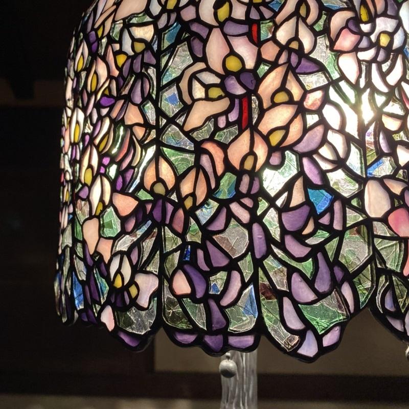 099H241  ステンドグラス・ランプ「恋のしづく」(藤)