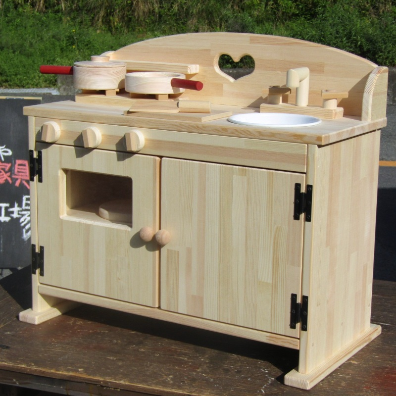 099H178 手作り木製ままごとキッチンDHK 素材色バージョン 吉野桧製フライパンお鍋付き